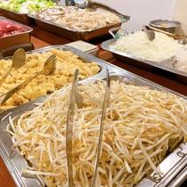 【夕食】日替わり4種の鍋だしからお選び頂ける「あったかお鍋のバイキング」