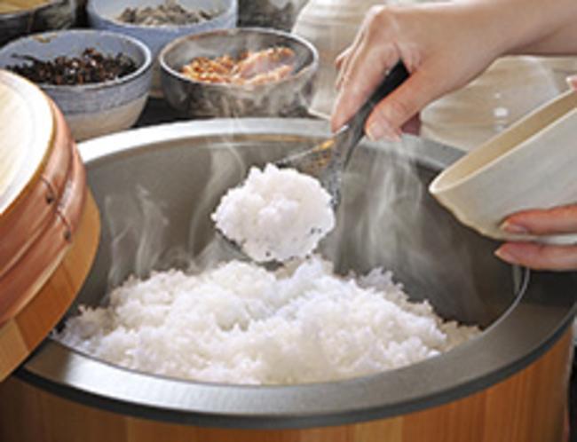【朝食ビュッフェ例】炊き立てご飯