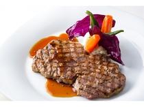 牛ロースステーキ(200g) 季節の野菜添え