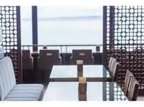 レストランより眺める名護湾