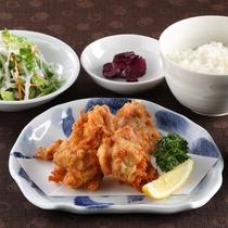 *レストランメニュー【昼】/唐揚げ定食 900円