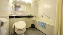 *和室20畳一例/トイレ・洗面台・お風呂の3点ユニットバスルームです。