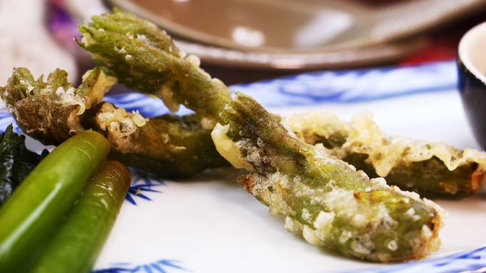 【2食付】リーズナブルプラン<個室食>北海道素材とあいべつ産きのこにこだわる「山菜たっぷり鍋コース」