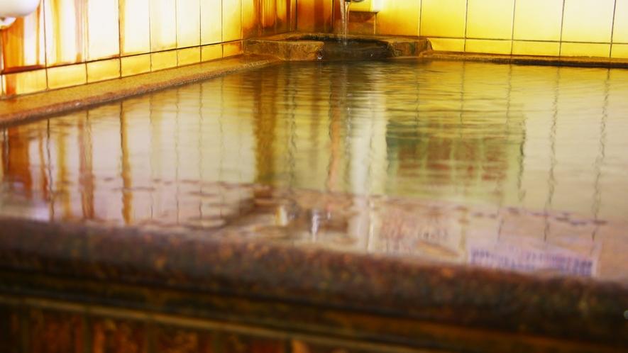 ■温泉_男女各1つずつの大浴場があります。気分スッキリ美肌の湯です。