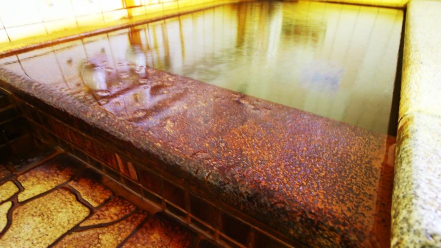 ■温泉_珍しい炭酸冷鉱泉。浴後はさわやか!身体がスッキリします♪