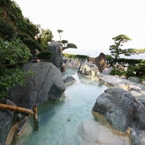 五色岩の湯(男性露天風呂)
