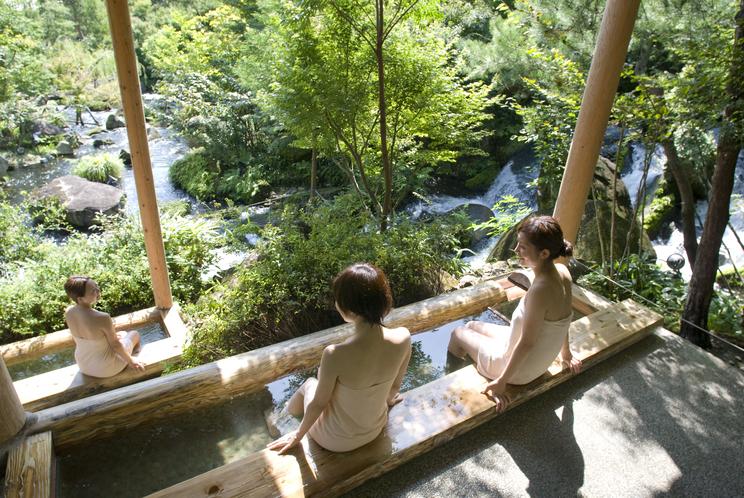 奥入瀬渓流 滝見の足湯