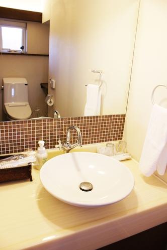 【縁-Enishi-】洗面所は広々としたスペース