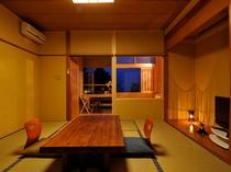 前室+8畳(禁煙)