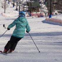 白馬五竜でスキーを楽しむ