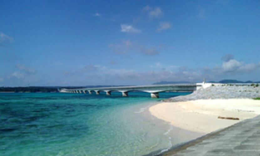 YOSHIKA近くのビーチ