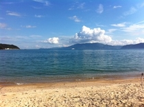 海楽荘前の海