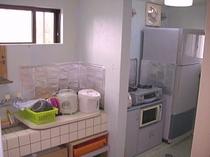 2階共有キッチン。