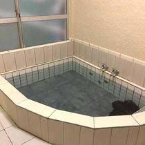 *お風呂/15:00〜23:00/6:00〜9:00の間でご入浴いただけます。