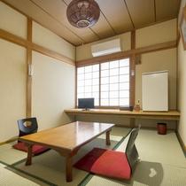 【和室6畳(客室一例)】素朴ながらも手入れが行き届いたお部屋。ゆっくりとした島時間を満喫下さい。