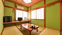 *和室6畳(客室一例)/素朴ながらも手入れが行き届いたお部屋。ゆっくりとした島時間を満喫下さい。