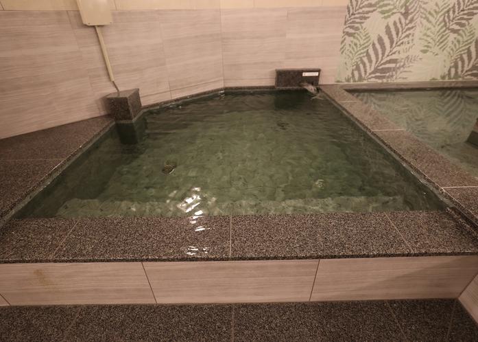 水風呂(男性専用大浴場)