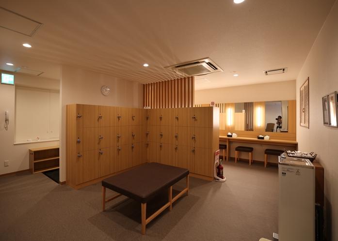 脱衣所(男性専用大浴場)