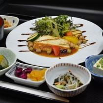 *選べる夕食 <魚料理御膳>