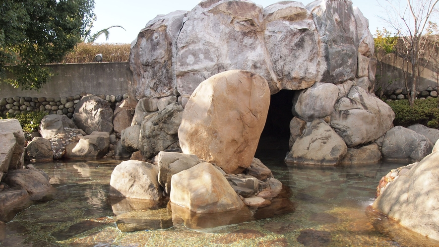*【露天風呂】洞窟風呂
