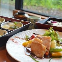 【選べる夕食】お肉料理一例(肉料理/魚料理/天婦羅からお選び下さい)