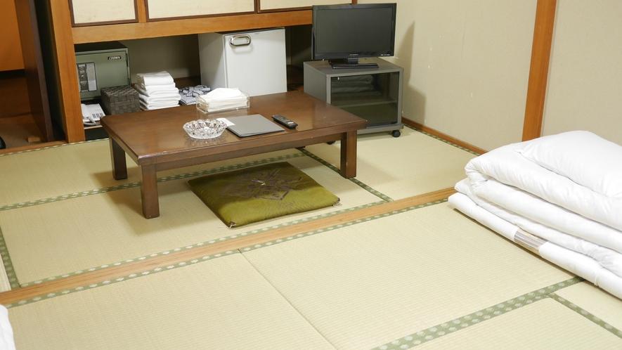 和室10畳のお部屋です。広々とした空間で存分にリラックスされてくださいね♪
