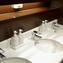 共有のトイレ周りではいつも清潔を心がけています♪