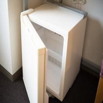 【客室備品】冷蔵庫