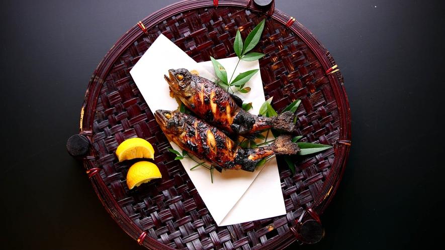 【夕食】天然鮎塩焼き