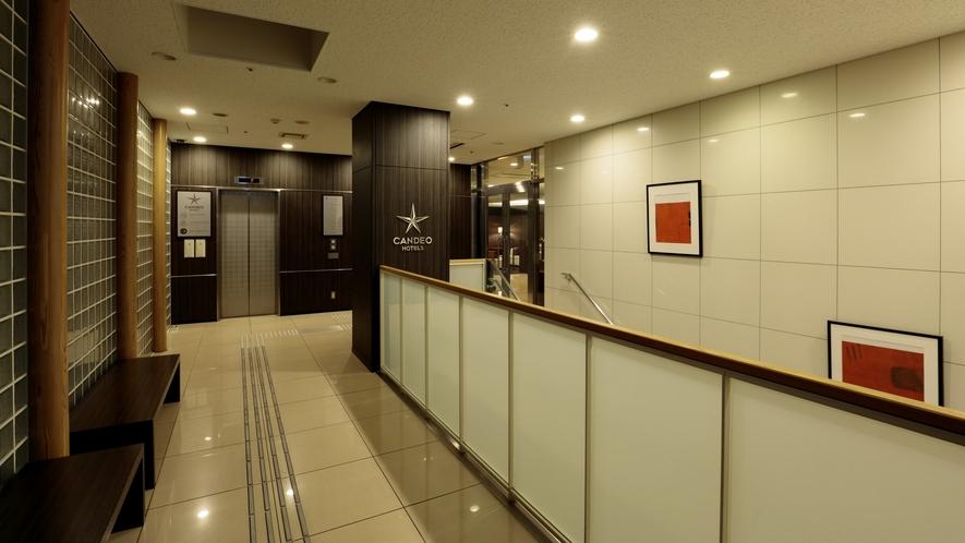 エレベーターホール2
