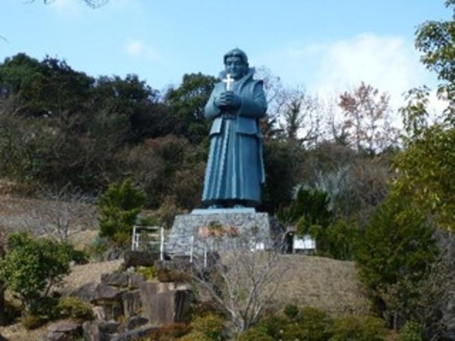 藍のあまくさ村【当ホテルよりお車で約90分】 天草四郎像