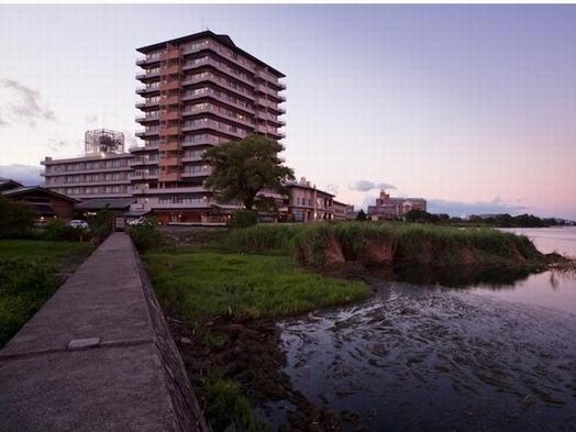 【グランドホテル 西館】女子会プラン(夕食:会席料理)
