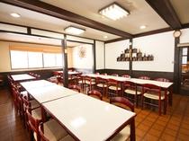 【食堂】お食事は、こちらでお召し上がりください。