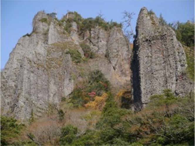 奇岩、柱石3
