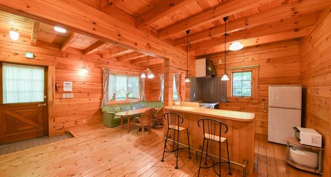 【エグゼログハウス/8名まで】軽井沢の別荘へ◆FREE WI-FI完備◆