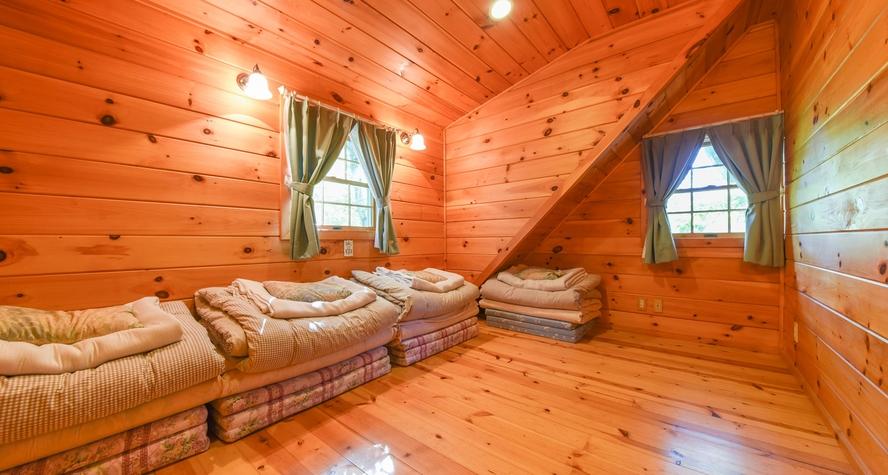 *【エグゼログハウス】2階洋室6畳(個室)