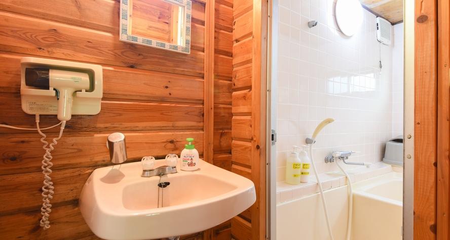 *【プチログハウス】お風呂とトイレ洗面部分
