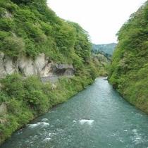 *瀬戸渓谷(新緑)