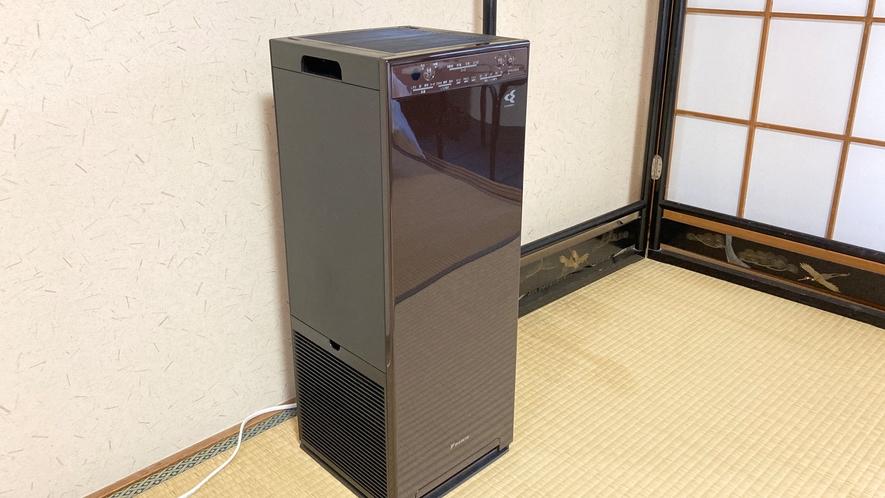 *【加湿ストリーマ空気清浄機】見た目も性能もこだわった空気清浄機を全部屋完備しています。