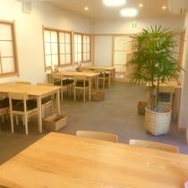 1階【和食やまね】木の香りも感じれる、暖かな空間