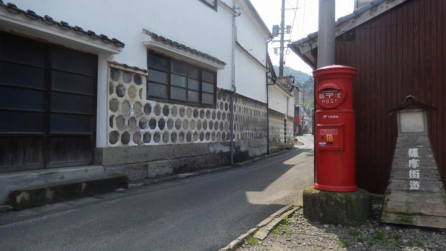 *温泉街を貫く通りは、参勤交代でも使用されたという薩摩街道。