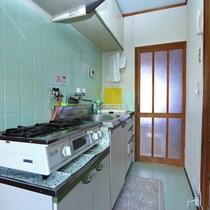 調理場(1階建コテージ C棟)
