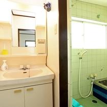 洗面・浴室 一例(1階建コテージ G棟)