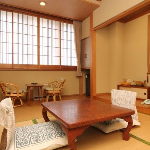 和室6畳のお部屋。