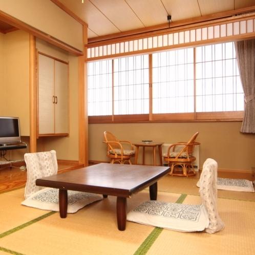 和室7.5畳のお部屋。