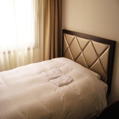 ベッドは高級快眠マットレスを導入しクチコミでも大人気♪