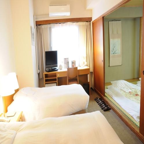 和洋室は広々30平米ございます♪6名様までご宿泊可能!