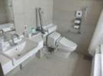 【ユニバーサルルーム】バリアフリーなバストイレ。