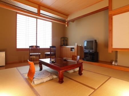 穂高が一番展望できる和室8畳のお部屋〜かすみ