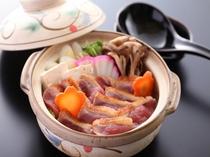 名物の鴨鍋